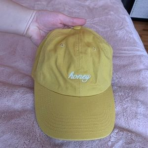 🌟2 for $8 Hats🌟 Graphic Hat: Honey